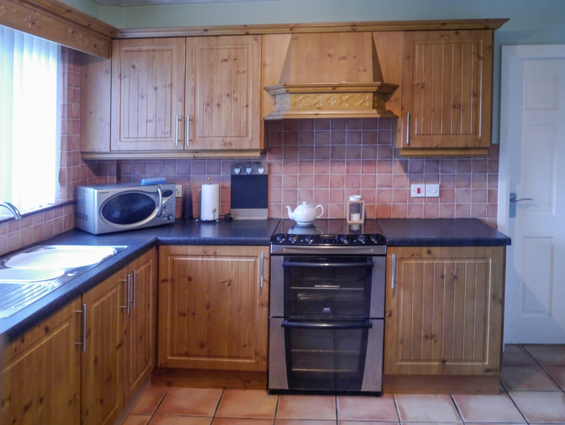 kitchen refurbishment replace your old kitchen doors